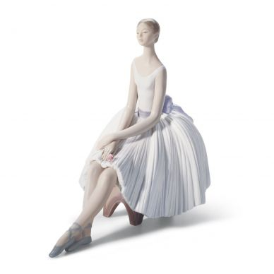 Lladro 01008243 Refinement Ballet Woman Figurine