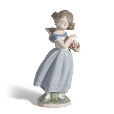 Lladro 01008247 Adorable Innocence Girl Figurine