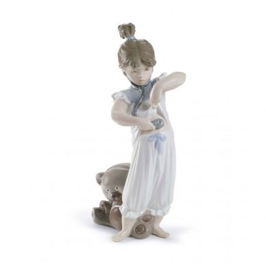 Lladro 01008468 Someone Called A Doctor Figurine