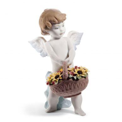 Lladro 01008676 Heaven's Harvest Angel Figurine