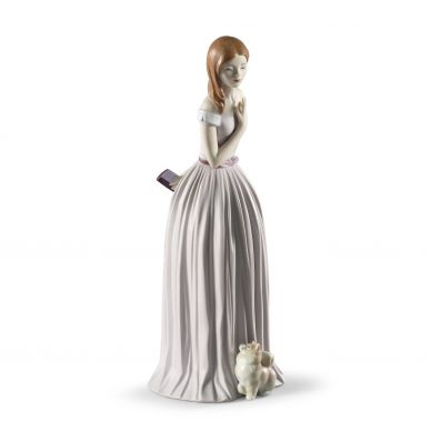 Lladro 01008363 Gentle Breeze Figurine